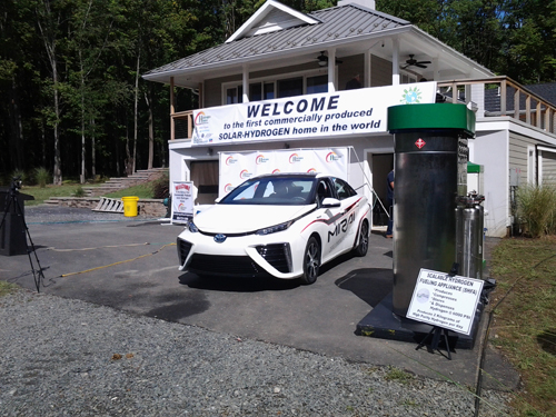 Mike Strizki solar H2 house opening with MRE SHFA station and Toyota Fuel cell car web