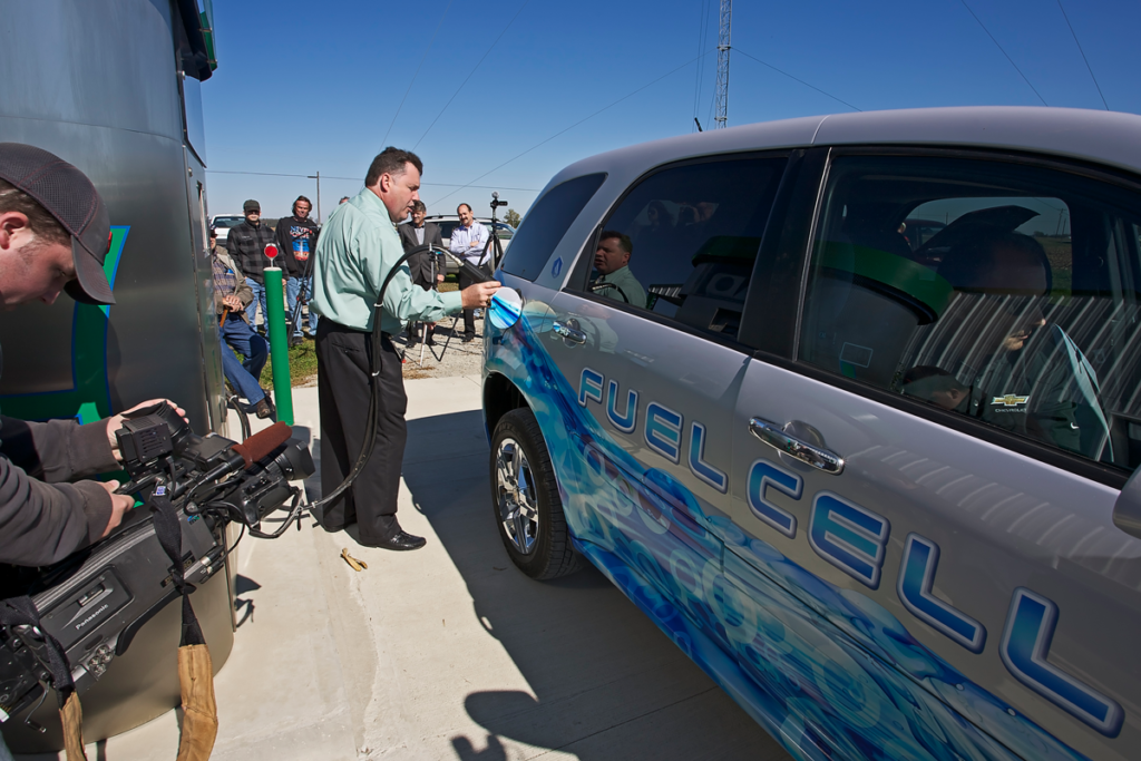 General Motors Fuel Cell Vehicle and Chris McWhinney of Millennium Reign Energy