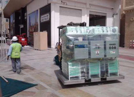 Unloading Hydrogen Electrolyzer in Dubai in the United Arab Emirates